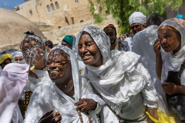 ethiopian-orthodox-church-members-jerusalem-670