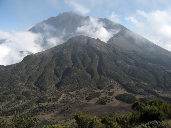 Mount_Meru_Caldera