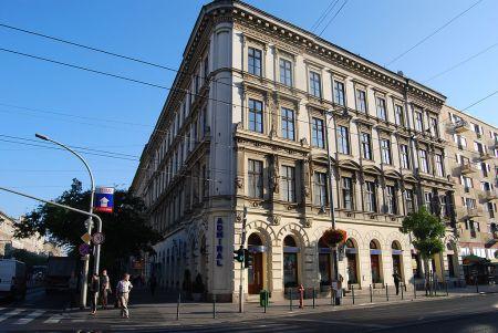 Budapest, VIII. kerület, József körút 48. lakóház (919. számú műemlék)