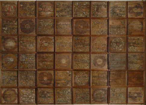 anyag:  festett fenyőfa technika: enyves és meszes festés méret: kazettánként kb. 90x90 cm lelt.szám: 55.966