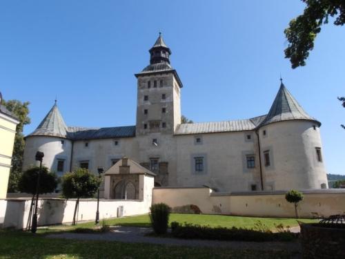 Nagybiccsei várkastély