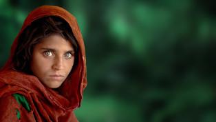 Steve McCurry_afganlany_kicsi