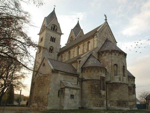 lébényi bencés templom