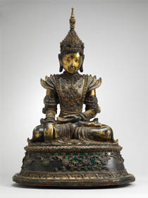 Buddha királyi díszben