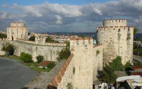 Isztambul: Yedi Kule