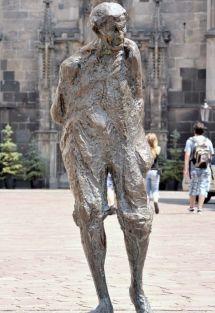 Jakoby Gyula szobra Kassán