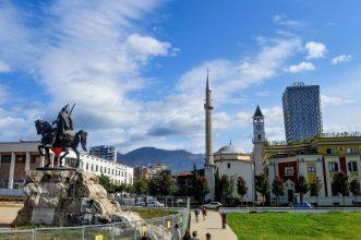 Skander beg Square, Tirana