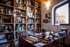 Makovecz Imre dolgozószobája