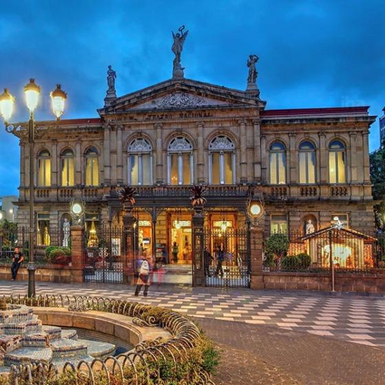 San José, Nemzeti Színház
