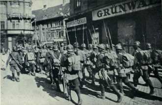 Occupying Romanian troops on the streets of Budapest, 1919