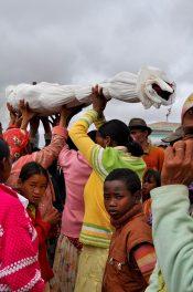 Famadihana, Madagascar