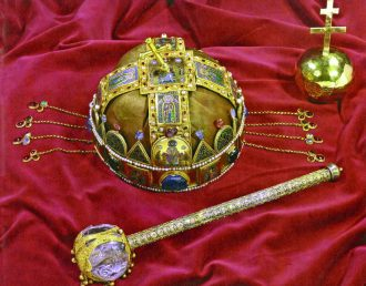 The Hungarian Holy Crown with badges