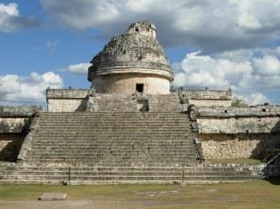 Mayan Inspector Chitzén in Itza