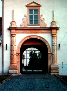 The gate of the princely palace in Gyulafehérvár