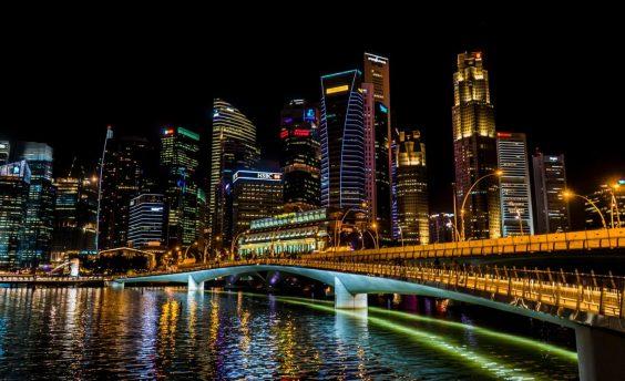 Singapore (pierpaolo-lanfrancotti-185554-unsplash-1600x977)