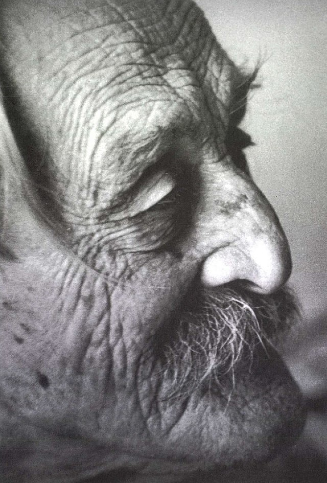 ároly Kós, originally Károly Kosch Hungarian folk style architect, writer, graphic artist, book designer, editor, publisher, teacher, politician