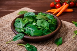 Spinach with carrots