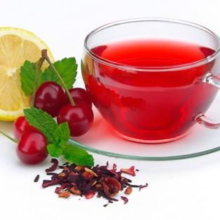 Green tea with almond cherries
