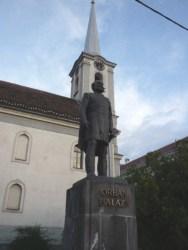 Statue of Balázs Orbán in Odorheiu Secuiesc